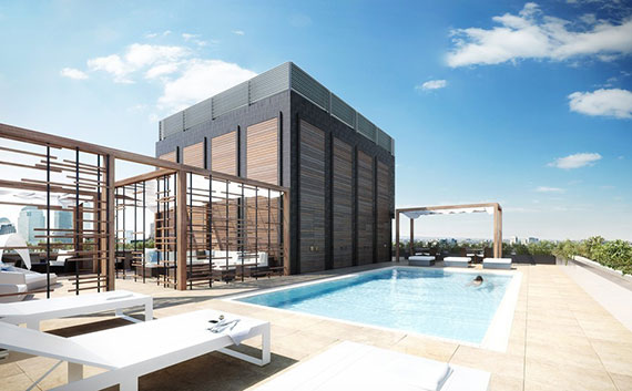 The rooftop pool at luxury condominium development 5 Franklin Place