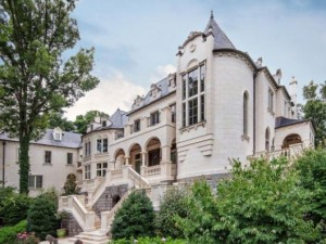 this-french-chateau-is-made-of-three-inch-thick-limestone