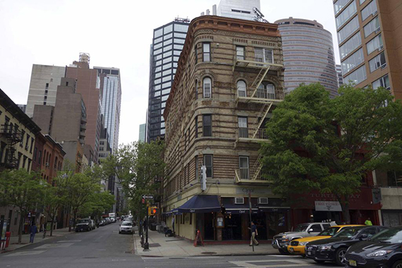 Site of new Bareburger location at 251 East 52nd Street in Midtown