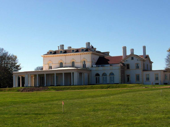 in-2010-he-paid-105-million-for-the-beechwood-villa-in-newport-ri-hes-planning-to-turn-the-historic-home-which-once-belonged-to-the-astor-family-into-a-museum-to-house-his-extensive-19th-century-art-collection