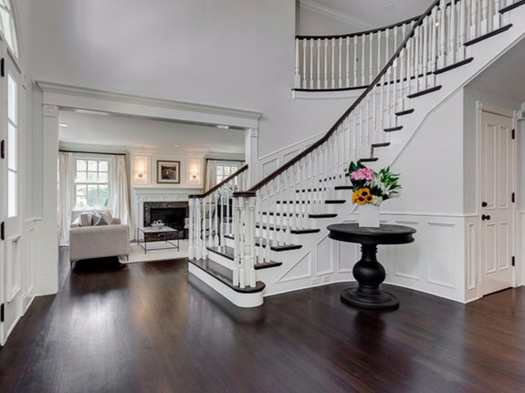 welcome-to-the-vaughn-familys-5563-square-foot-mansion