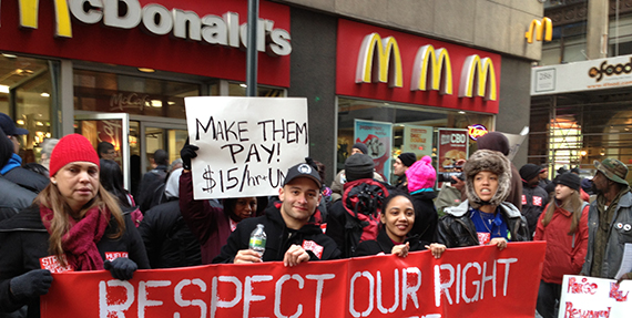 Fast food workers protesting in Midtown Manhattan in November 2012 (credit: Labornotes)