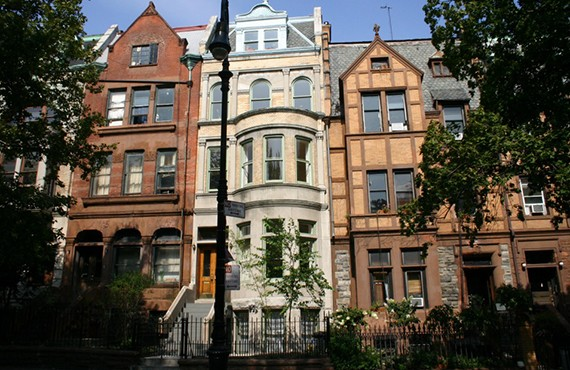 Rowhouses-in-Hamilton-Heights