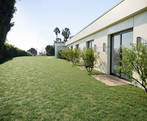912 North Hillcrest Road (Redfin)