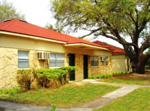 Tampa rental complex commands 46 645 per unit judit miltz for 12th avenue terrace apartments
