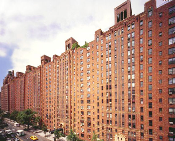 London Terrace at 435 West 23rd Street