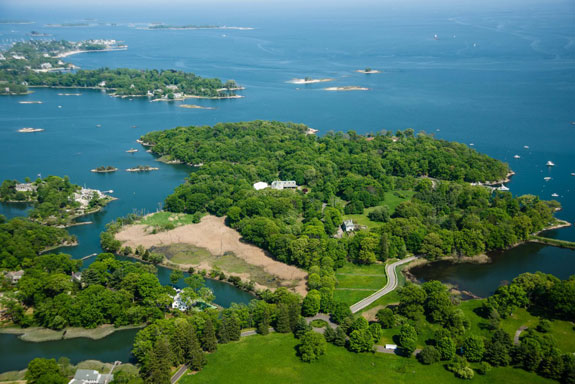 its-accessible-by-road-from-the-tony-town-of-darien-connecticut